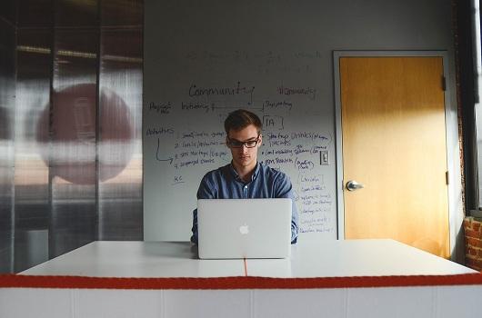 Tôi phải làm gì để trở thành một lập trình viên lười biếng, dại khờ và thành công?